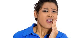 Why Do Impacted Wisdom Teeth Hurt?