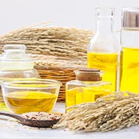 Rice Bran Oil: Nutrition, Extraction Process, Health Benefits For Heart, Diabetes, Skin And Side Effects