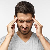 Headache: That Throbbing Pain Might Be A Warning Sign Of Various Underlying Conditions