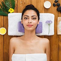 Dussehra 2020: Rejuvenating DIY At-Home Spa Day Routine To Look Ravishing During Festivities
