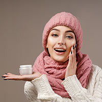 DIY Winter Skin Care: 3-Step Beauty Ritual For That Dewy Glowing Complexion In Frosty Weather