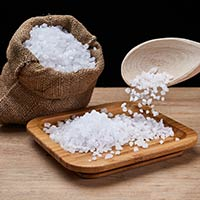 5 Spectacular Benefits Of Adding Sea Salt To Your Diet