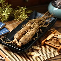 Ginseng/Panax: Types, Medicinal Benefits, Ginseng Tea and Side Effects
