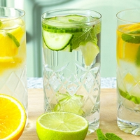 Amazing Summer Detox: Try These Flavoured Waters