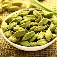 Elaichi/Cardamom: Marvellous Health Benefits Of This Aromatic Condiment
