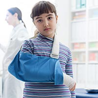 Fractures In Children: Causes, Symptoms And Treatment