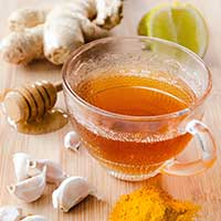 5 Home Remedies To Soothe Sore Throat And Cough