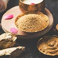 Homemade Multani Mitti Packs For Glowing Skin