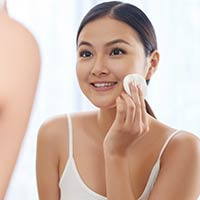 5 Superb Advantages Of Toners For Smooth, Sparkling Skin