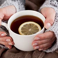5 Best Natural Remedies To Treat Stomach Flu, This Monsoon Season