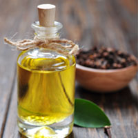 5 Surprising Ways Clove Oil Based Products Heal Your Body