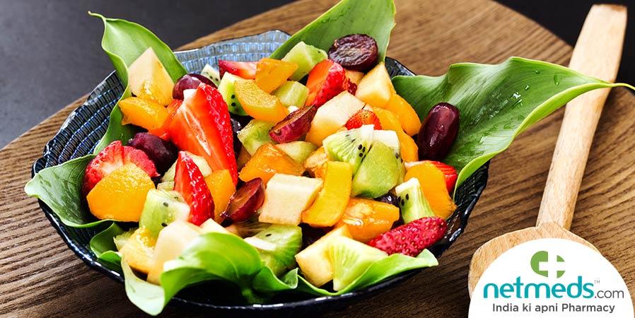 Loquat and strawberry fruit salad